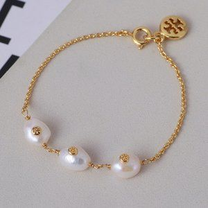 🧶 Tory Burch bracelet